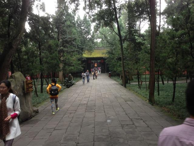武候祠の入り口