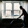部屋がいつも汚いという人は朝の3分間清掃を習慣付けよう